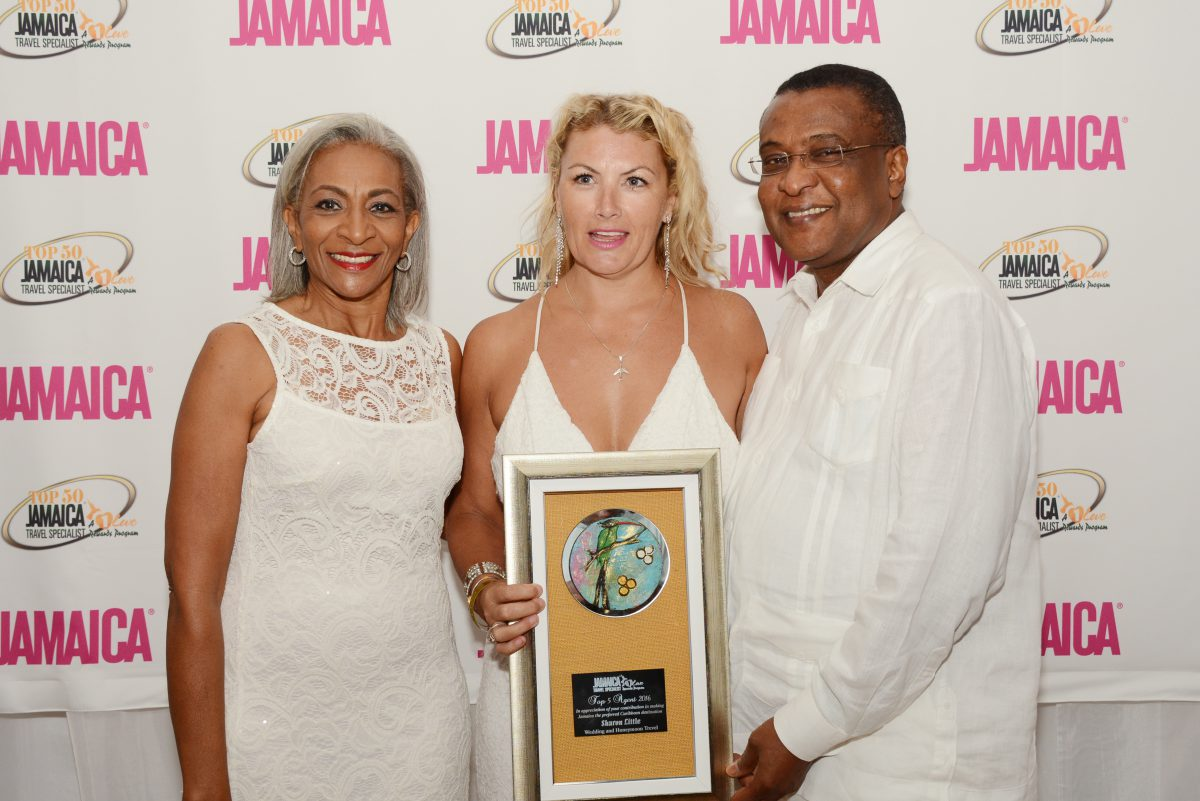 sharon-little-is-second-best-travel-specialist-for-2016